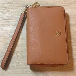 Tory Burch wristlet wallet